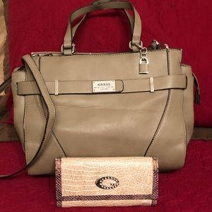 Guess Leather tan purse and wallet!